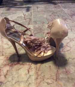 Pink Shoes Size 8 Thumbnail