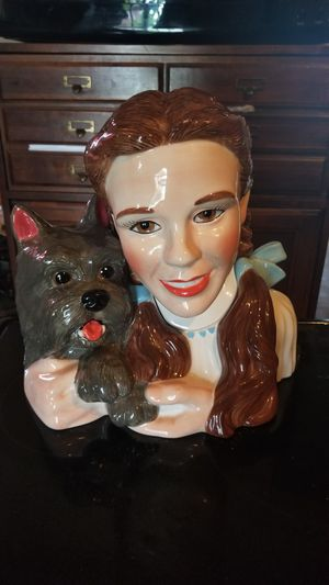 The wizard of oz Dorothy cookie jar for Sale in Washington, DC