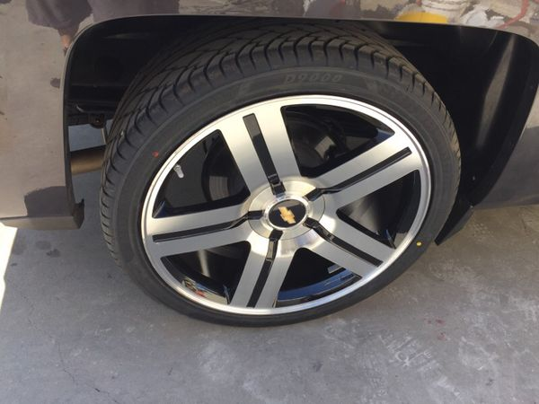 "Offer Up Los Angeles >> Replicas Texas edition Chevy rims 24"" & tires (Brand New) for Sale in Los Angeles, CA - OfferUp"