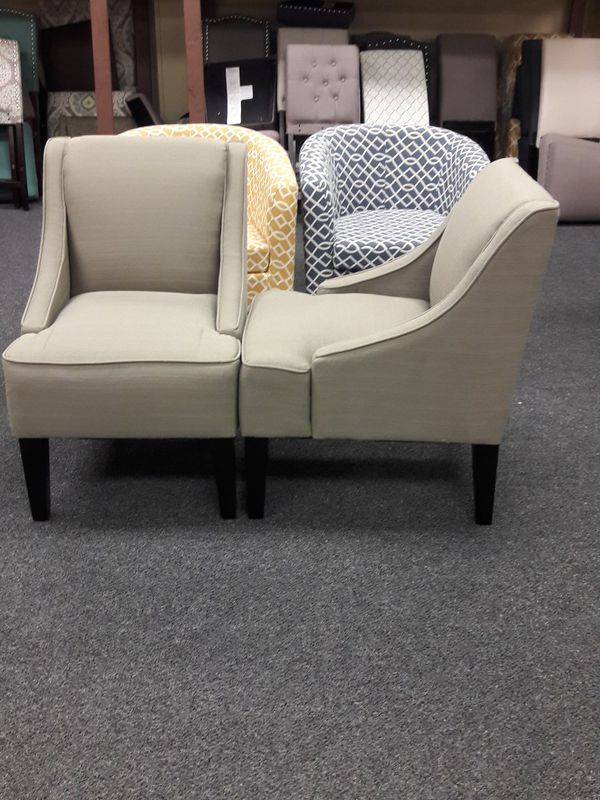 Incredible New Pair Of Swoop Style Accent Chairs For Sale In Fairfield Uwap Interior Chair Design Uwaporg