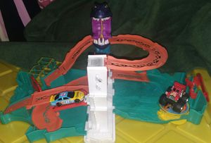 Hot wheels travel track for Sale in Las Vegas, NV