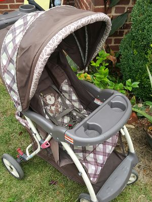 Stroller for Sale in Oxon Hill, MD