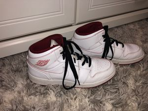 buy popular 4e619 0e226 Air Jordan 1 white   dark red size 6 for Sale in Kennewick, ...