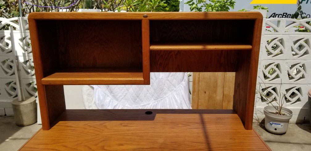 Desk And Hutch 2 Piece Wood With Keyboard Tray