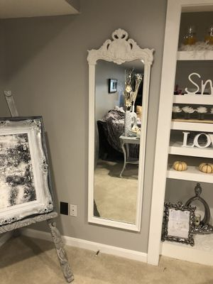 Carved Decor Mirror for Sale in Great Falls, VA