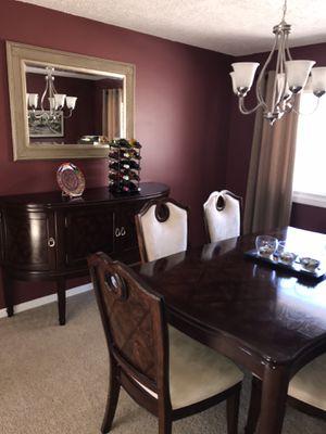 Photo Beautiful Cherry Oak Dining Table, 8 chairs & Buffet