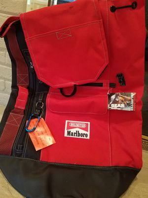 NEW MARLBORO UNLIMITED GEAR BACKPACK DUFFLE BAG for Sale in Fairfax, VA