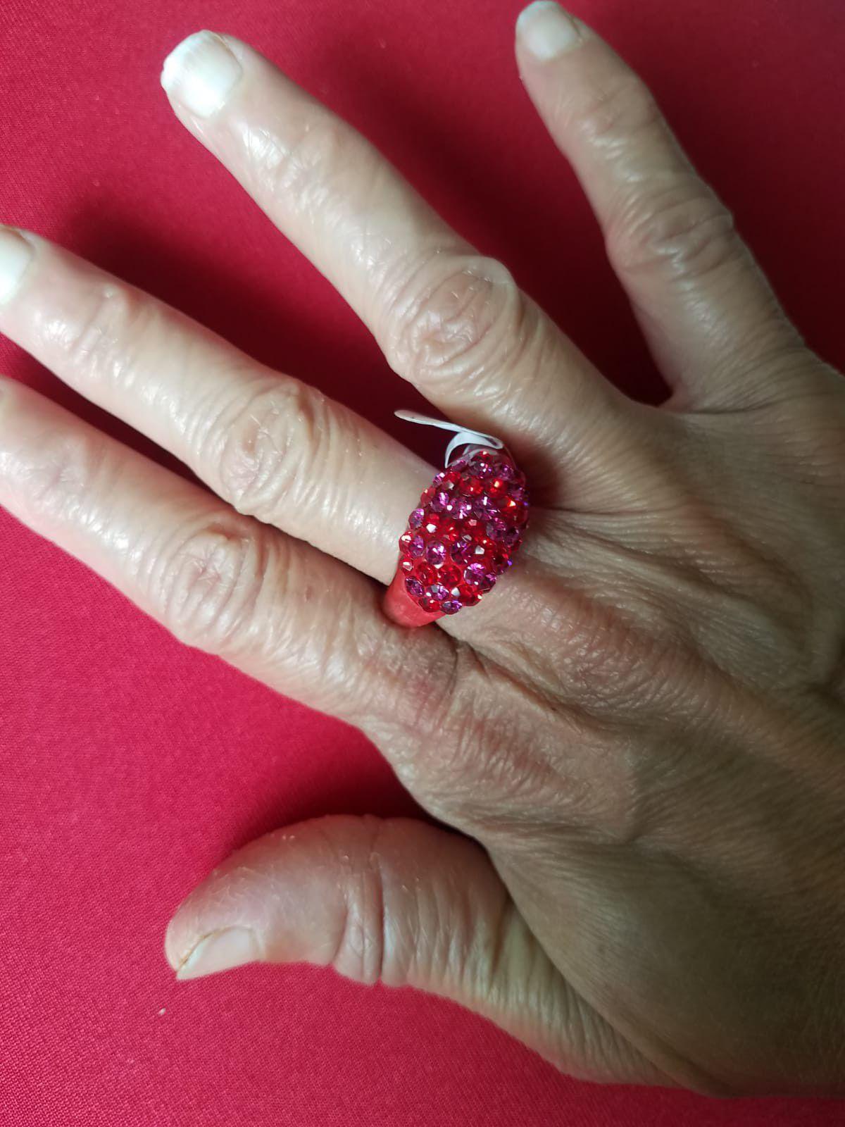 Acrylic plastic diamond ring