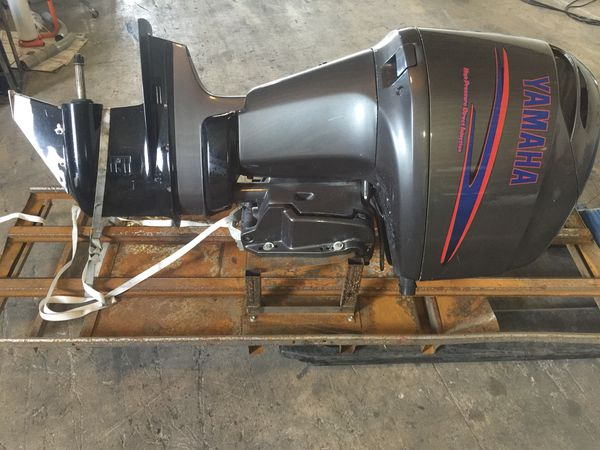 "2003 yamaha hpdi 200 hp with a 25"" shaft being sold for parts or repair  outboard boat motor 175 150 for Sale in Palmetto Bay, FL - OfferUp"