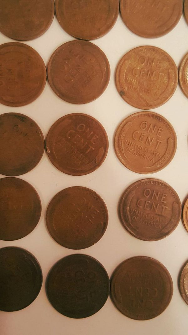 (25) Old wheat penny one cent coins 1920 for Sale in Pasadena, TX - OfferUp