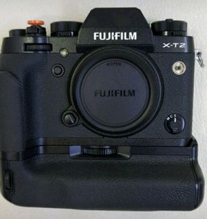 Fuji X-T2 Like New Condition for Sale in Hazelwood, PA
