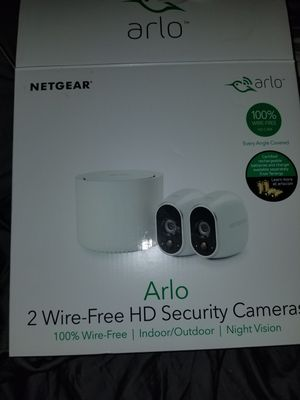Arlo 2 security cameras and base for Sale in Everett, WA