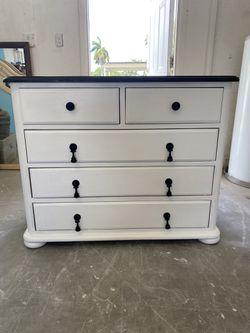 4 Drawer Dresser Thumbnail