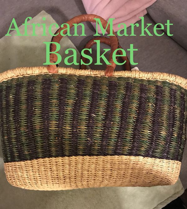 HANDWOVEN AFRICAN MARKET BASKET for Sale in Tucson, AZ - OfferUp