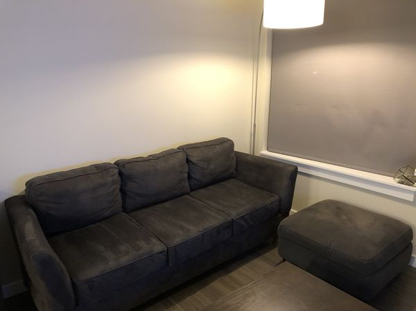 Simplicity Sofas Grey Full Size Sofa Comes Apart For Squeezes