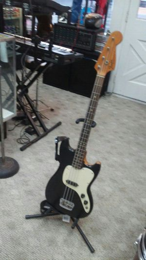 Fender USA Music Master Bass Guitar for Sale in Charles Town, WV
