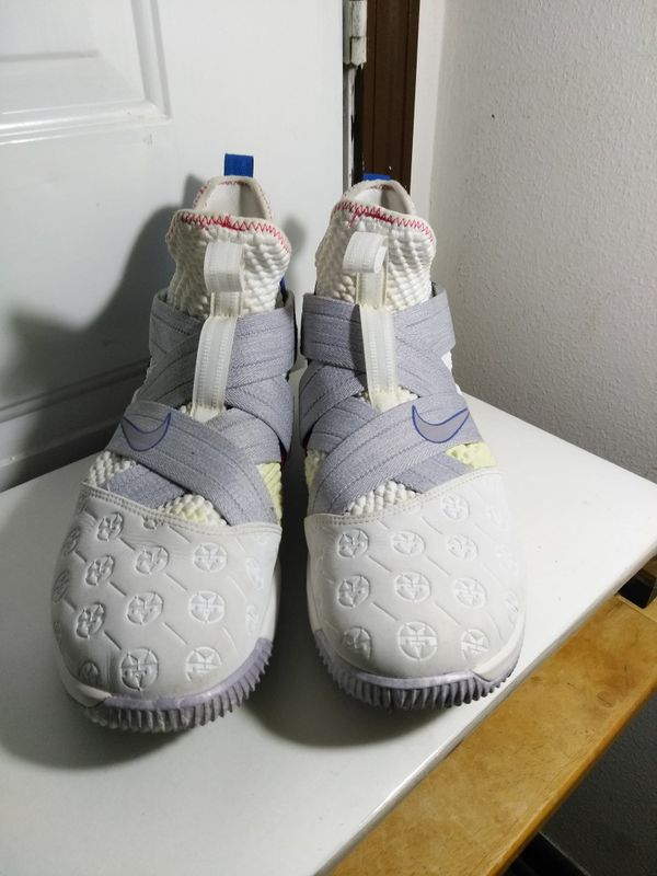 sports shoes 49d80 cd26b Nike lebron James soldier 12 for Sale in San Antonio, TX - OfferUp
