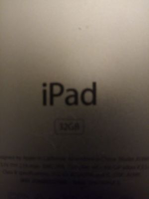 IPAD (LOKCED) BUT IN EXCELLENT CONDITION... for Sale in Los Angeles, CA