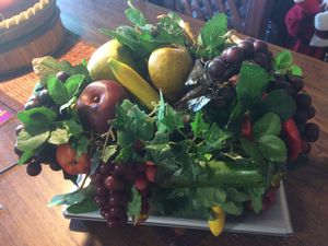 Center piece artificial fruit for Sale in Hialeah, FL