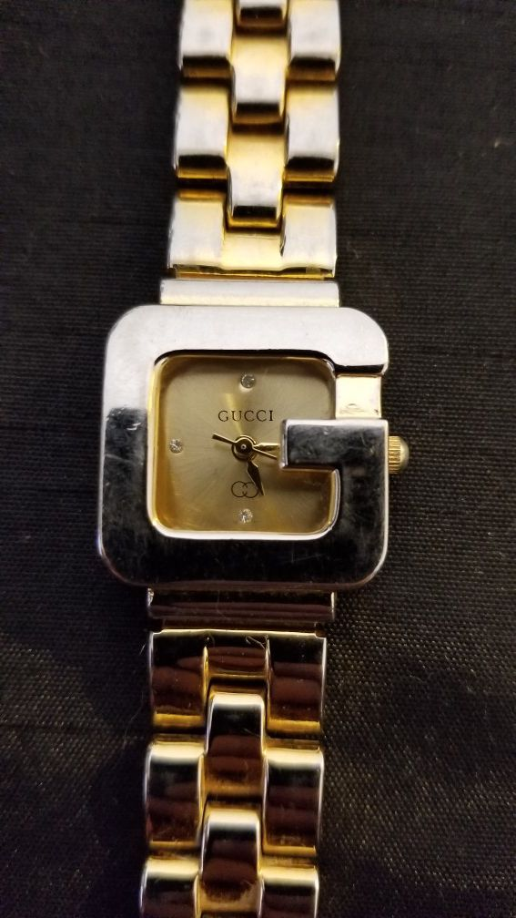 04f970799df9 Lady GUCCI Watch (gold toned) for Sale in Peoria, AZ - OfferUp