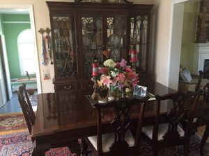 Gorgeous 8 piece dining room set w sideboard and china cabinet for Sale in Vienna, VA