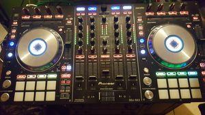 Pioneer ddj sx2 serato/rekordbox controller for Sale in Apopka, FL