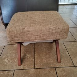 Brand New Bench 26 Inches Tall Thumbnail