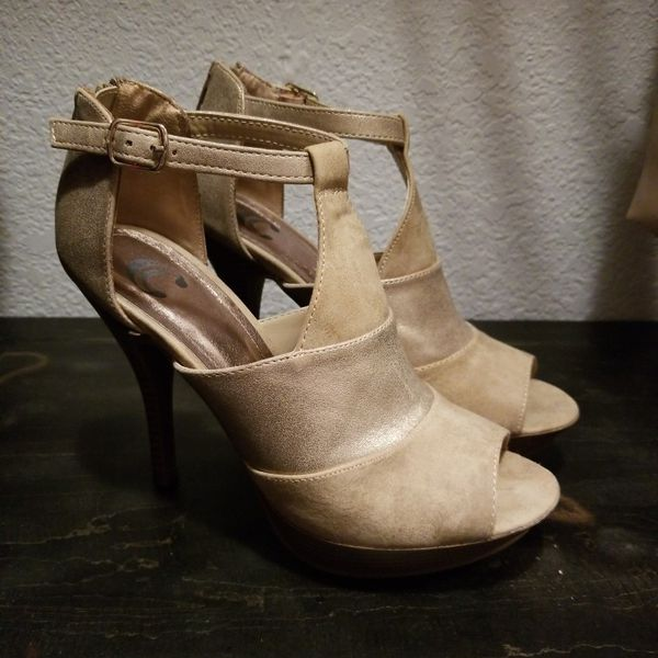 Heels for Sale in Chino, CA - OfferUp
