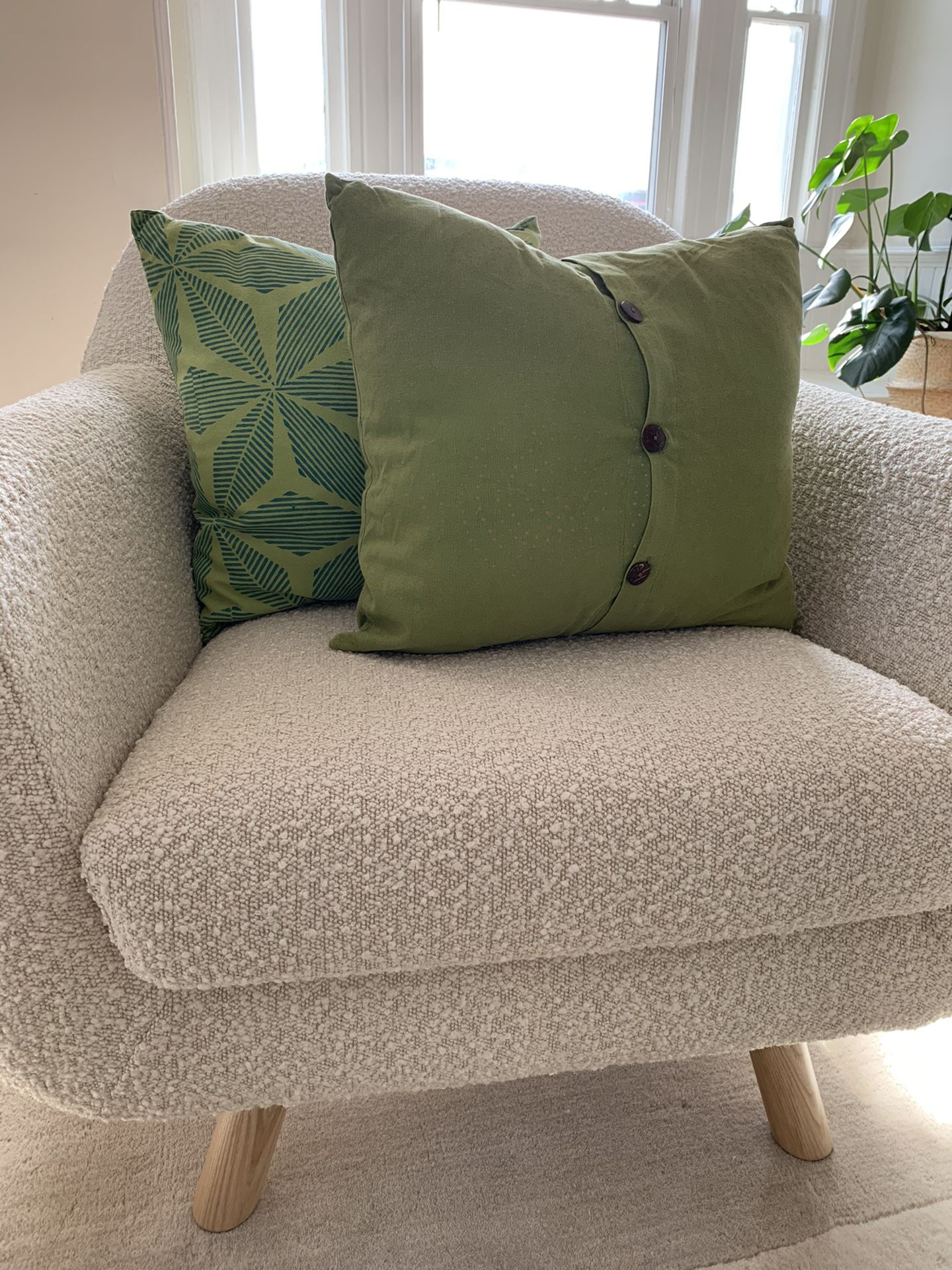 """18""""x18"""" West Elm Pillow With Insert Included"""