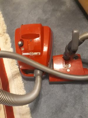 SEBO VACUUM CLEANER for Sale in MONTGOMRY VLG, MD