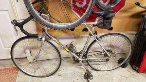 Photo GT STRIKE road bike