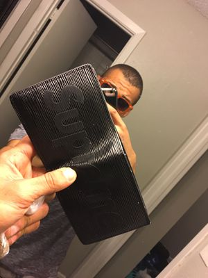 fc7e177d57f New and Used Supreme wallet for Sale in San Antonio