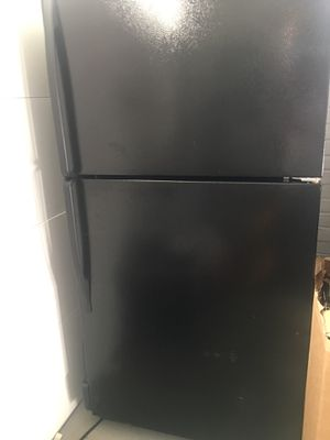 Black Whirlpool appliance set for Sale in Oxon Hill, MD