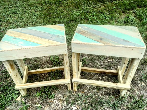 Palletwood bar stools for Sale in San Antonio, TX - OfferUp