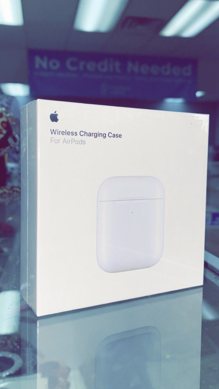 Apple Airpods Wireless Charging Case ONLY! (no Airpods Included)