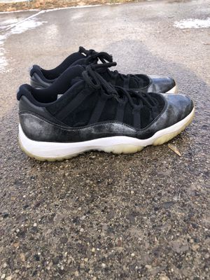 6db823b80fe0 Jordan Retro 11 lows size 12 black white for Sale in Saginaw