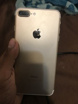 iPhone 7+ for Sale in Winter Springs, FL