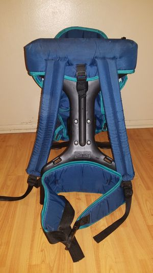Gerry baby carrier backpack for Sale in Los Angeles, CA