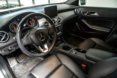2020 Mercedes-Benz GLA Thumbnail