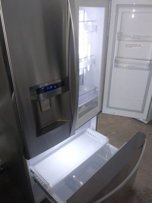 Photo 🎁🎆Kenmore elite refrigerator stainless steel chow case nice🎆🎁