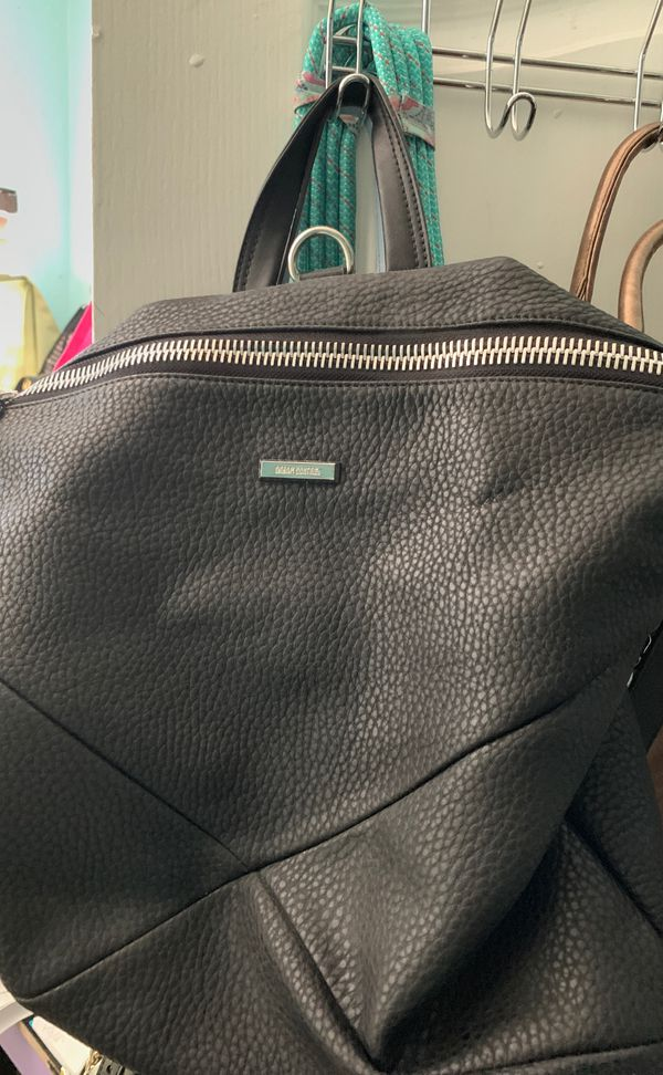 8b5f6b715 New and Used Black backpack for Sale in Arlington, TX - OfferUp