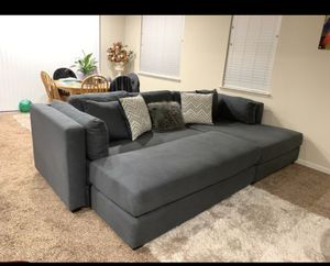 Photo Cash Only! 3 Piece Sectional Couch Can be a Queen Bed 122x68 long piece is 67x26. Only been used for 3 months, very new and very clean. No delivery