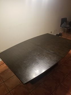 Dining room table Thumbnail