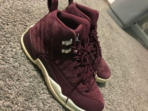 Photo AIR JORDAN 12 RETRO BORDEAUX SIZE 8.5
