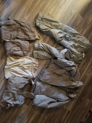 camping gear - extreme cold gear - surplus - size small for Sale in Phoenix, AZ