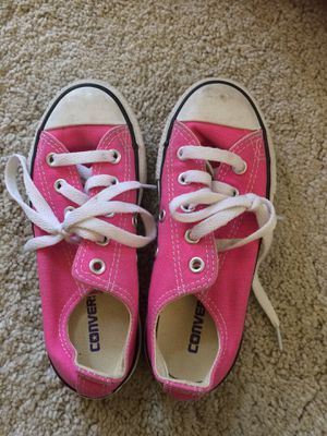 2550f897ba8 Used girls pink converse size 12 for Sale in San Jose