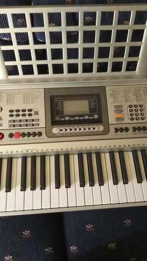 Keyboard / teclado musical for Sale in Grand Prairie, TX