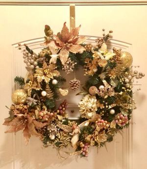 Homemade Gold Christmas Wreath for Sale in Herndon, VA