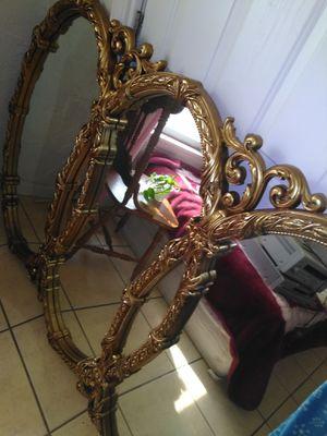 Antique Mirror for Sale in Chowchilla, CA