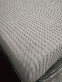 Queen Size Mattress Memory Foam Set, Warehouse  Thumbnail